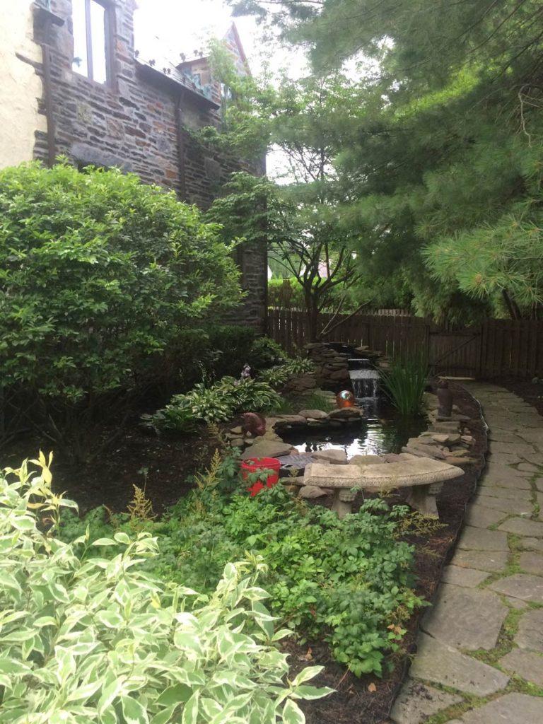 Backyard_Garden_Landscape