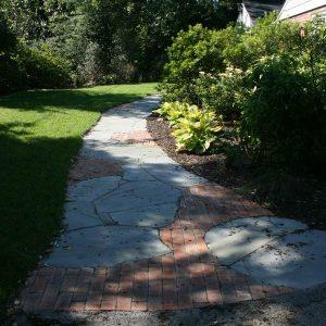 Custom Hardscape Walkway