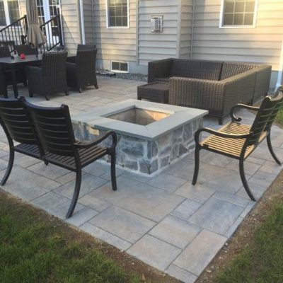 Hardscaping Outdoor Patio with Fire-pit