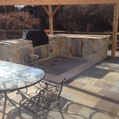 Outdoor Kitchen Hardscape
